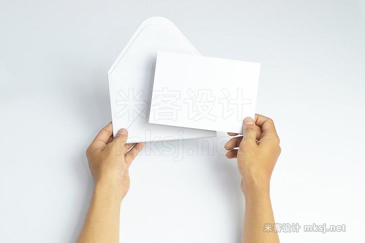 VI贴图 邀请信函请柬信封手势PS模型mockup样机