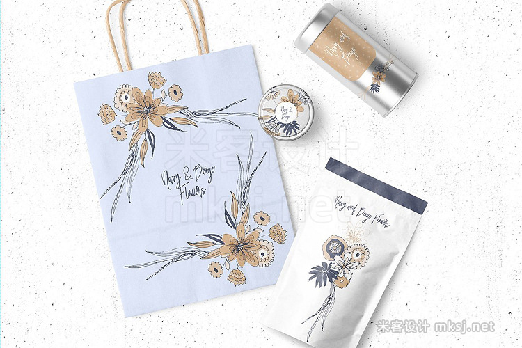 png素材 Navy and Beige Flowers